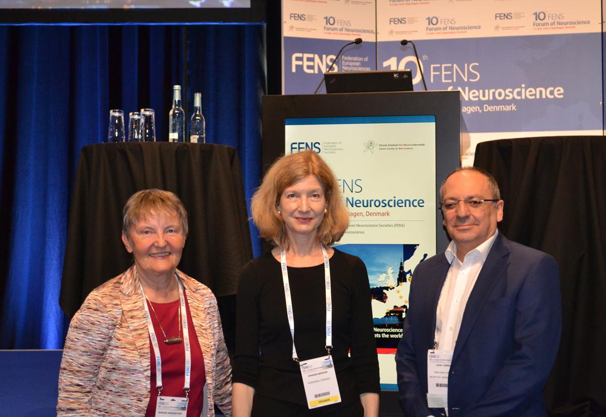 Dorlöchter, Monyer and Gómez at 10th FENS Forum