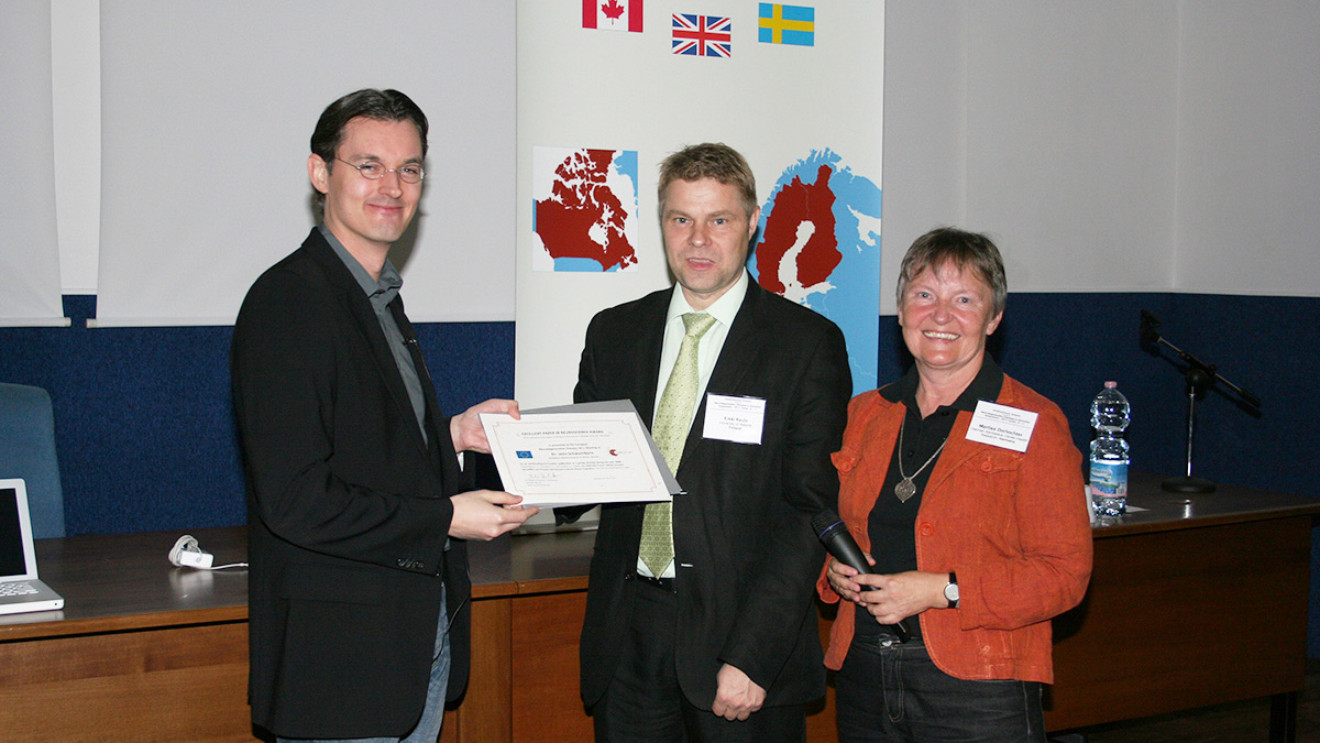 From left to right: Dr. Jens Schwamborn, Dr. Erkki Raulo, within NEURON responsible for the management of the award and PD Dr. M. Dorlöchter, the coordinator of the ERA-NET NEURON