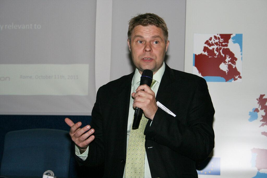 Dr. Erkki Raulo